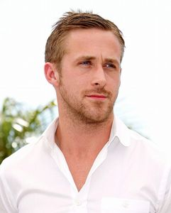 Ryan_Gosling_63rd_Cannes_International_Film_Festival_Blue_Valentine_Photocall_ryan_gosling_12317809_1024_1274