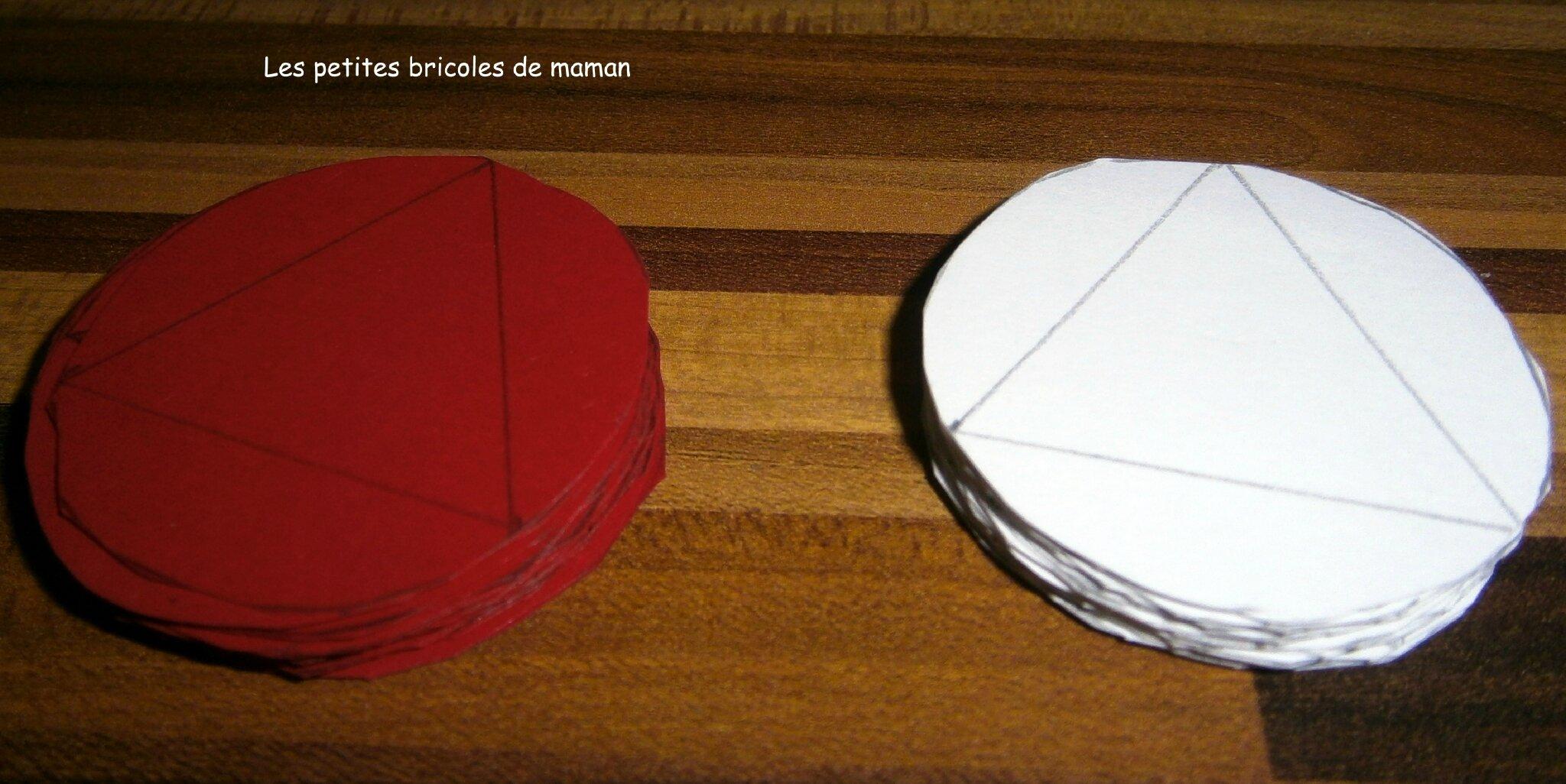 no l 2012 7 boule bi couleur en papier mesbidouilles81. Black Bedroom Furniture Sets. Home Design Ideas