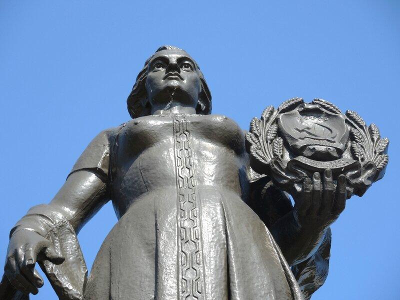 Kaliningrad, statue de la Mère Russie
