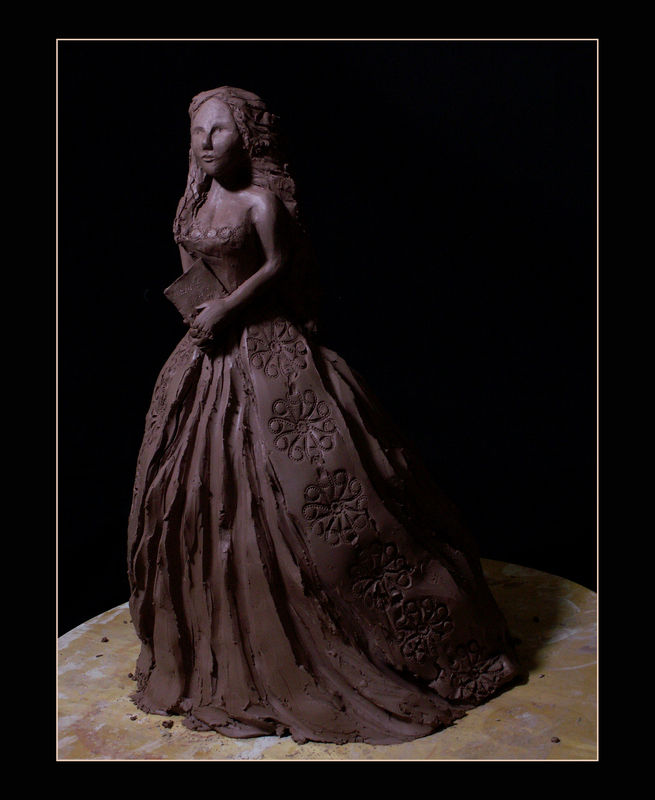 sculpture_femme_livre