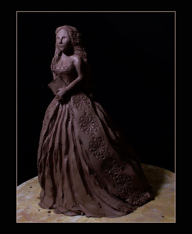 sculpture_femme_livre