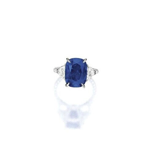 Fine Sapphire and Diamond Ring