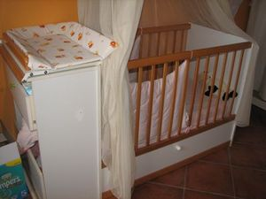 Lit bebe table a langer a vendre pour bebe - Lit bebe table a langer integree ...