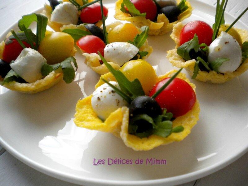 Mini salade caprese en bouchée apéritive 3