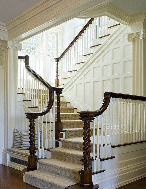 La deco americaine by hb halls de nuit de jour et les for Gorgeous modern staircase wall design