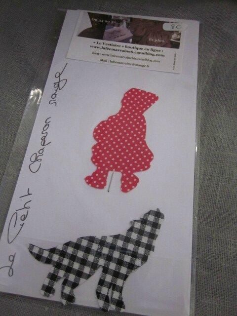 Appliqué thermocollant Le Petite Chanperon Rouge et le Loup (17)