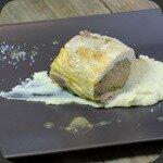 Pintade au foie gras et chataignes, panais à l'huile de truffe