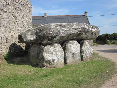 dolmen_de_Crucuno