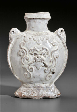 A rare white-glazed pottery flask, China, Northern Qi dynasty (AD 550-577)