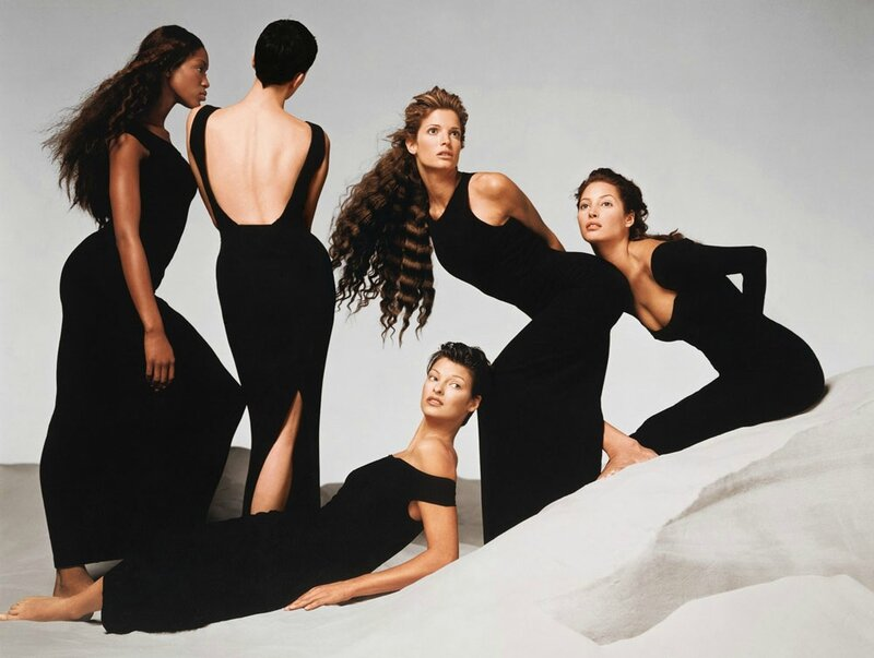 90s-naomi-campbell-kristen-mcmenamy-linda-evangelista-stephanie-seymour-and-christy-turlington-versace-springsummer-1993-campaign-by-avedon