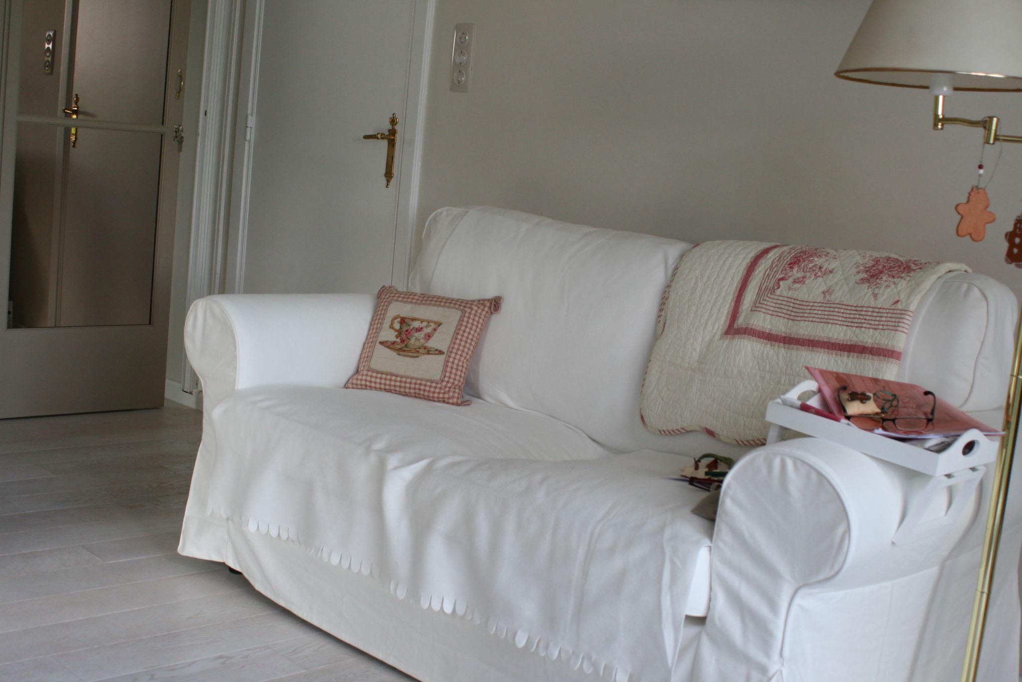 Ao t 2012 tous les messages la maison de b a for Ikea canape deux places