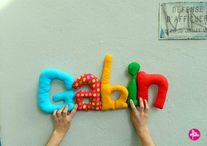 gabin 2,mot en tissu,mot decoratif,cadeau de naissance,decoration chambre d'enfant,cadeau personnalise,cadeau original,poc a poc blog