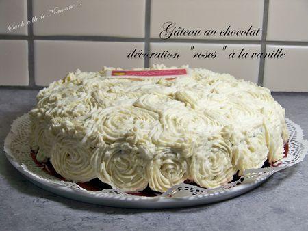 Gâteau chocolat décoration roses 2