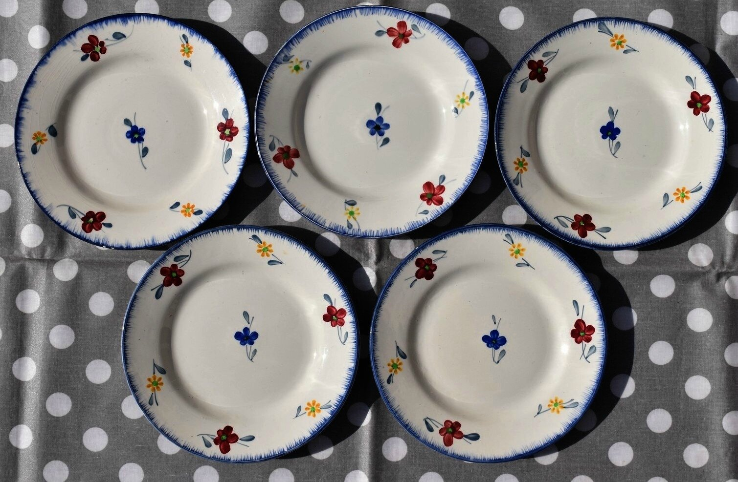 5 assiettes à entremets ou dessert Digoin Sarreguemines décor Mary Lou