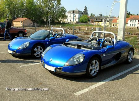 Renault spider sport duo pare-brise (Rencard Haguenau avril 2011) 01
