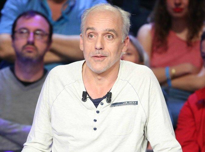 Presidentielle-2017-Quand-Philippe-Poutou-dezingue-Francois-Fillon-et-Marine-Le-Pen_portrait_w674