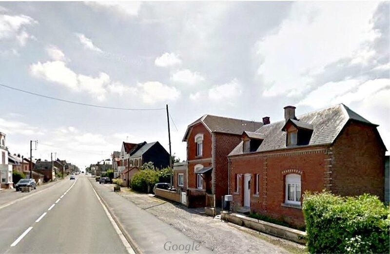AVESNES - Route de Landrecies