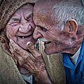 Citation : j'ai toujours aimé ces fous-rires qui montrent l'âme grande ouverte. je ferme les yeux... jean cocteau