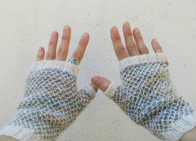 Spring-Thaw-Mitts-3-small