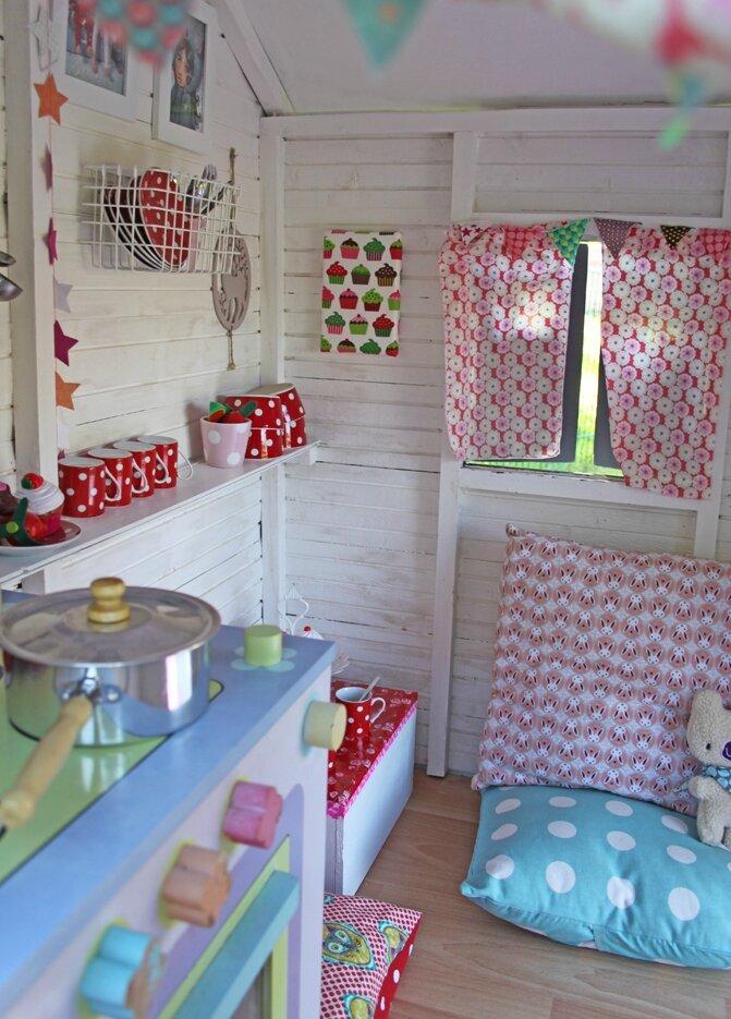 la cabane des petits laetibricole. Black Bedroom Furniture Sets. Home Design Ideas