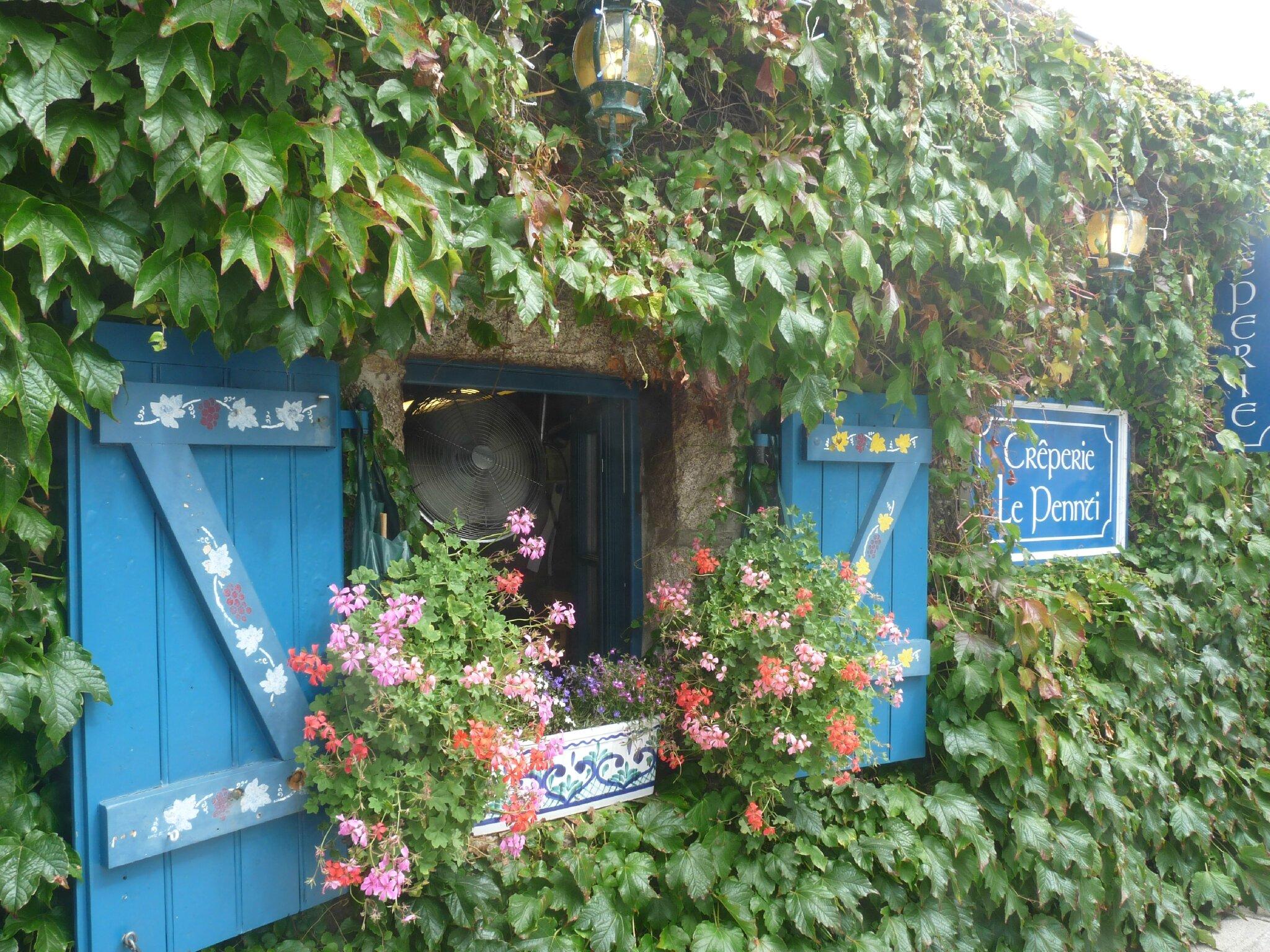 Concarneau ville fleurie la petite fut e brestoise - Point p concarneau ...