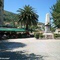 Sartène - La Place de la Libèration bordée de cafés