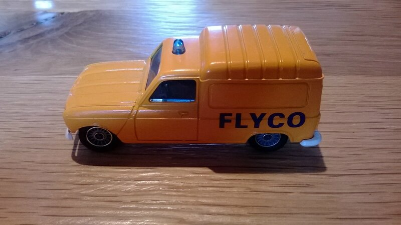 1325_Renault 4 Fourgonnette FLYCO_01