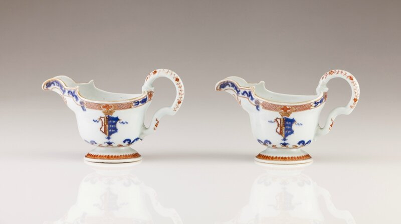 A rare pair of armorial sauce boats, Chinese export porcelain, Qing Dynasty, Kangxi Period, ca. 1720