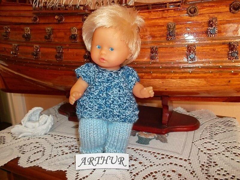 Arthur & son petit pantalon et pull tricoté ( Moi )