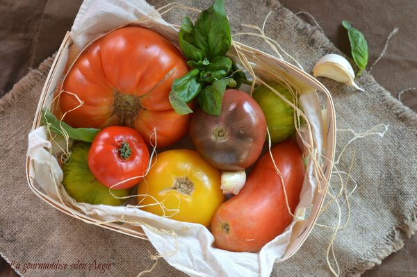 carppaccio de tomates anciennes à l'ail 2