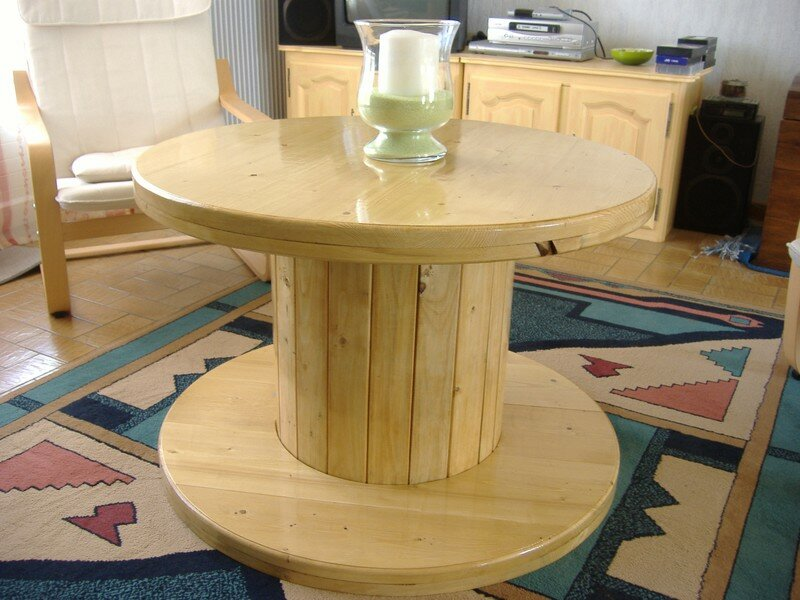 Table basse originale touret cables restaur photo de r alisations de fab les hobbies de - Que faire avec un touret ...