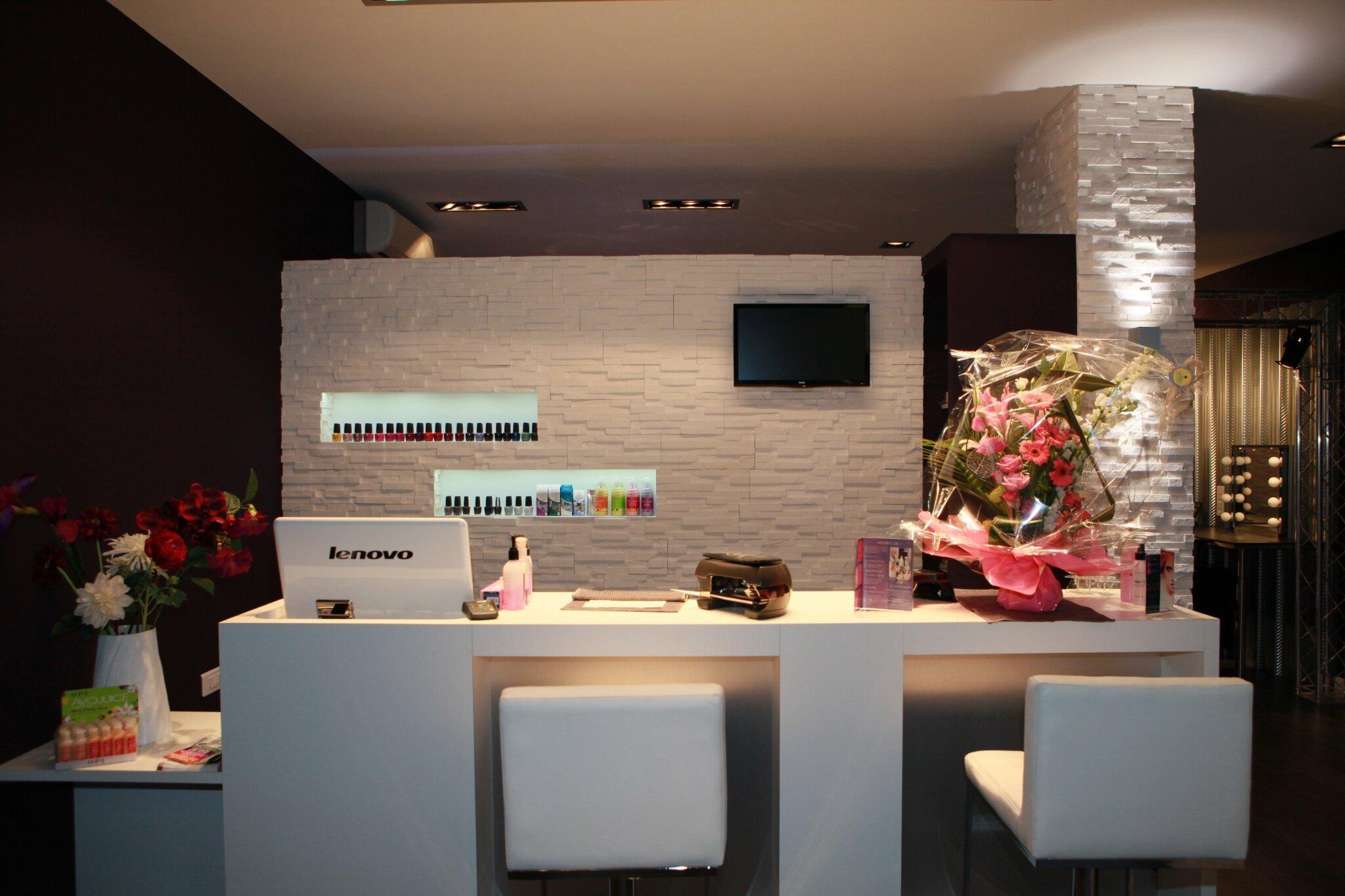 Make up nail bar nail aventure for Salon pour les ongles