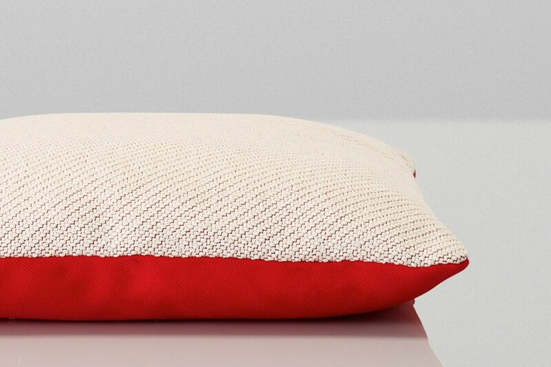 muuto-cushion-red
