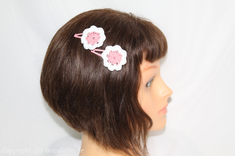 pince cheveux rose a
