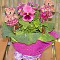 composition florale ,feuilles de chou frisé,pensée etc....