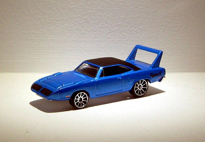 Plymouth superbird de 1970 (Hotwheels 2006) (2)