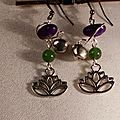 1 Boucles d'oreille lotus en jade et graine d'haricot vendues