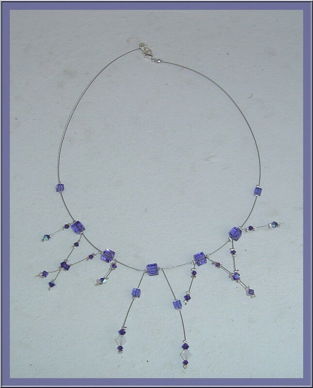 collier cable cubes purple