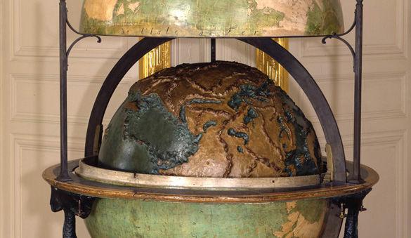 Sciences et curiosit s la cour de versailles ch teau - Globe terrestre en carton ...