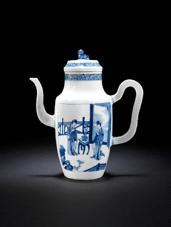 A_blue_and_white_ewer_and_cover