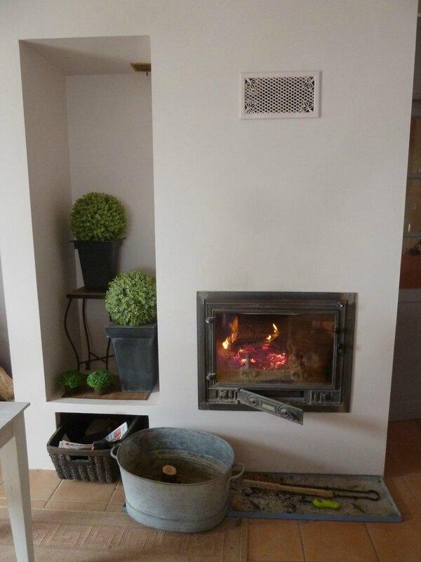 11-froid et feu dans la cheminée (1)