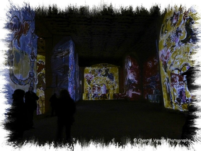 Carrieres_Lumiere_Chagall_09