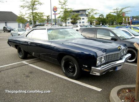 Chevrolet impala 2door hardtop coupé de 1973 (Rencard burger King aout 2011) 01