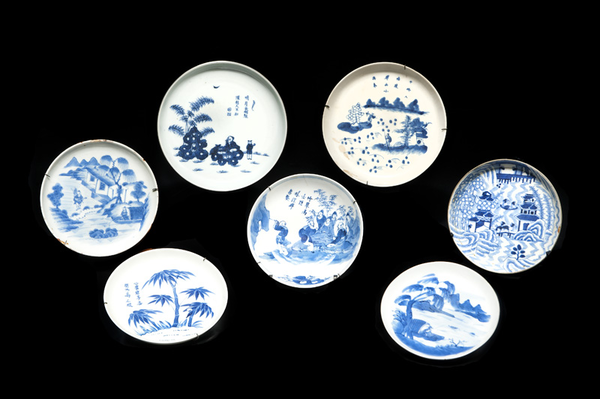 sept_coupelles_et_trois_bols_en_porcelaine_bleu_blanc_vietnam_1371470751096475