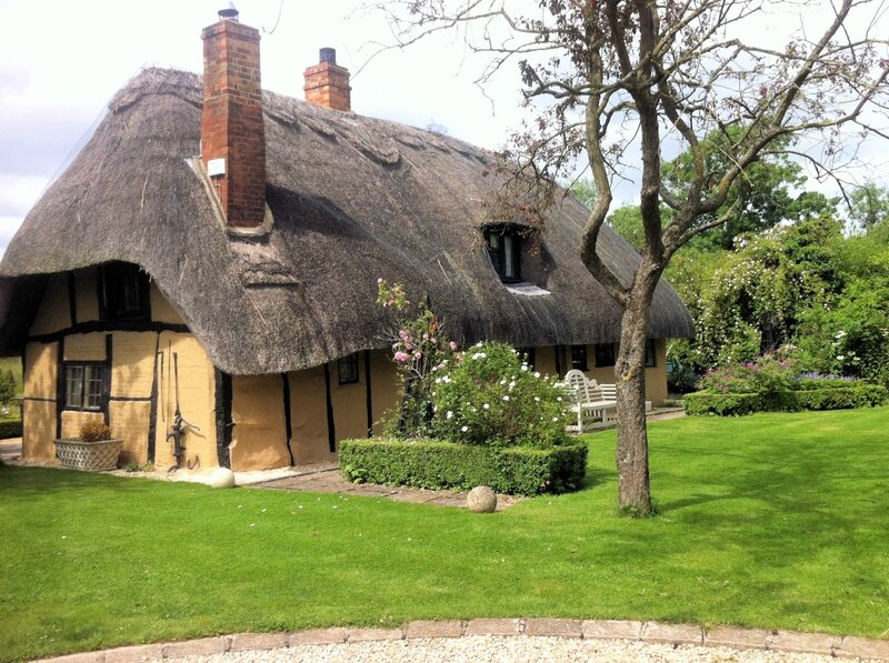 The-Thatched-Cottage-Bicester
