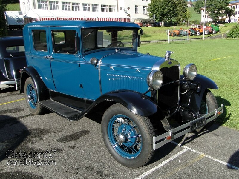 ford-a-fordor-deluxe-1930-01