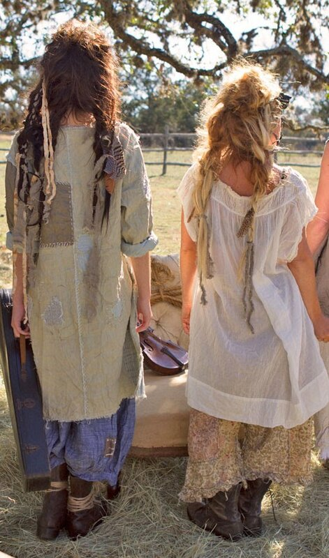 light-weight-linen-and-cotton-cariana-tunic-with-quilted-pat.à gauche sur la photo.dos.3.jpg