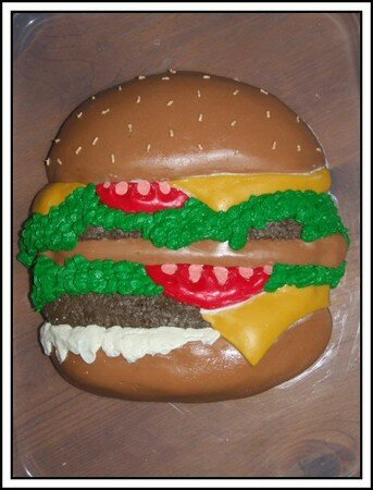 hamburger_cake__by_xthefaintx