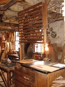 OLD_SCHWAMB_MILL_DECOUPE_OVALE
