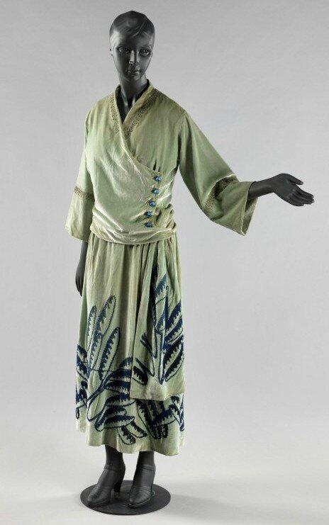 roman dune garde robe carnavalet 35